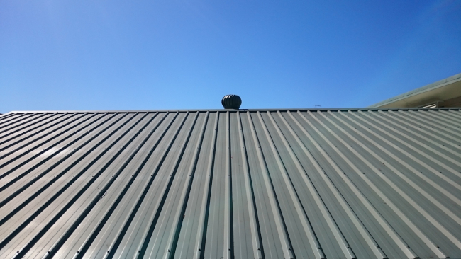 Why Commercial Roof Replacement Should be Done by a Professional